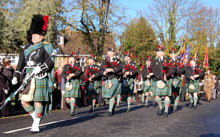 Harpenden Pipe Band on parade in Northampton - 2007